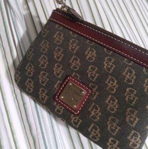 Dooney & Bourke Wristlet wallet